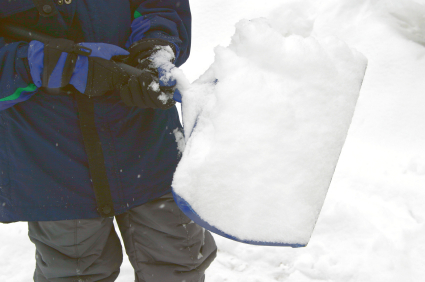 Prevent Back Injuries when Shoveling Snow