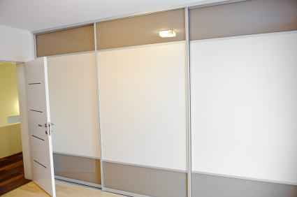 What is a Lift and Slide Door