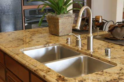 Best way to clean granite countertops maid services for Best way to clean slabs