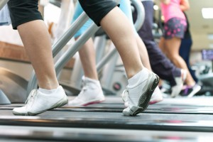 Running On A Treadmill vs Track - Gyms and Fitness