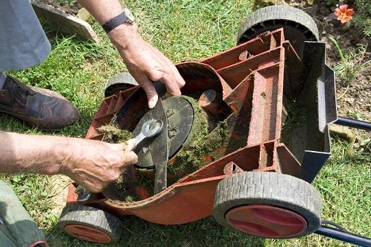 Lawn Mower Diagnostics : Lawn mower problems troubleshooting landscapers talk