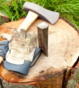 How To Use A Wedge To Chop Wood - Handyman