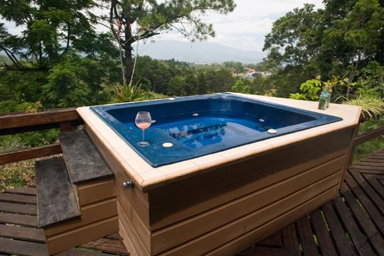 Types of Hot Tub Skirting - Handyman